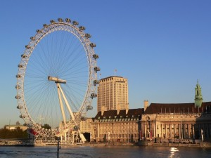 London_Eye_and_County_Hall_in_evening_light